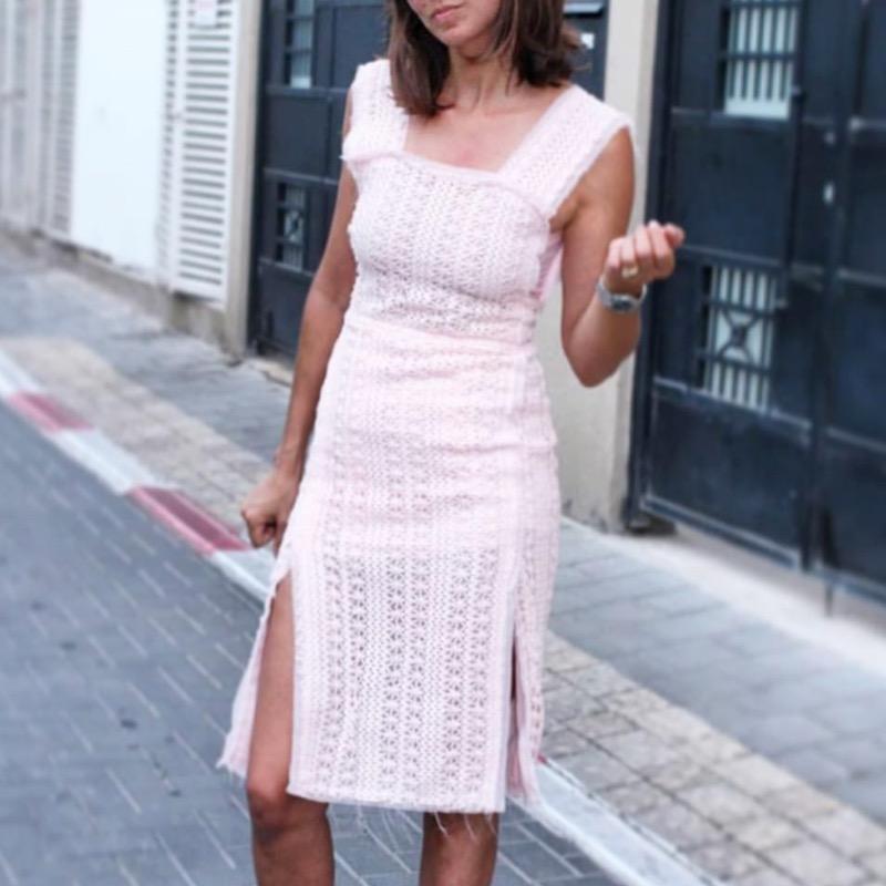 שמלת פתחים תחרה פריזאית