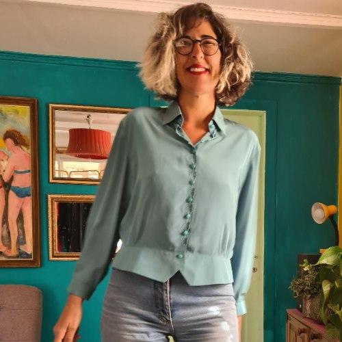 חולצת משי טורקיזית יפהפייה מידה L/XL