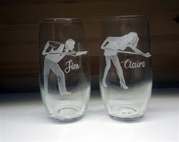 חריטה על זכוכית, חריטה על כוסות שתיה קרה, מתנות ביליארד עם חריטה
