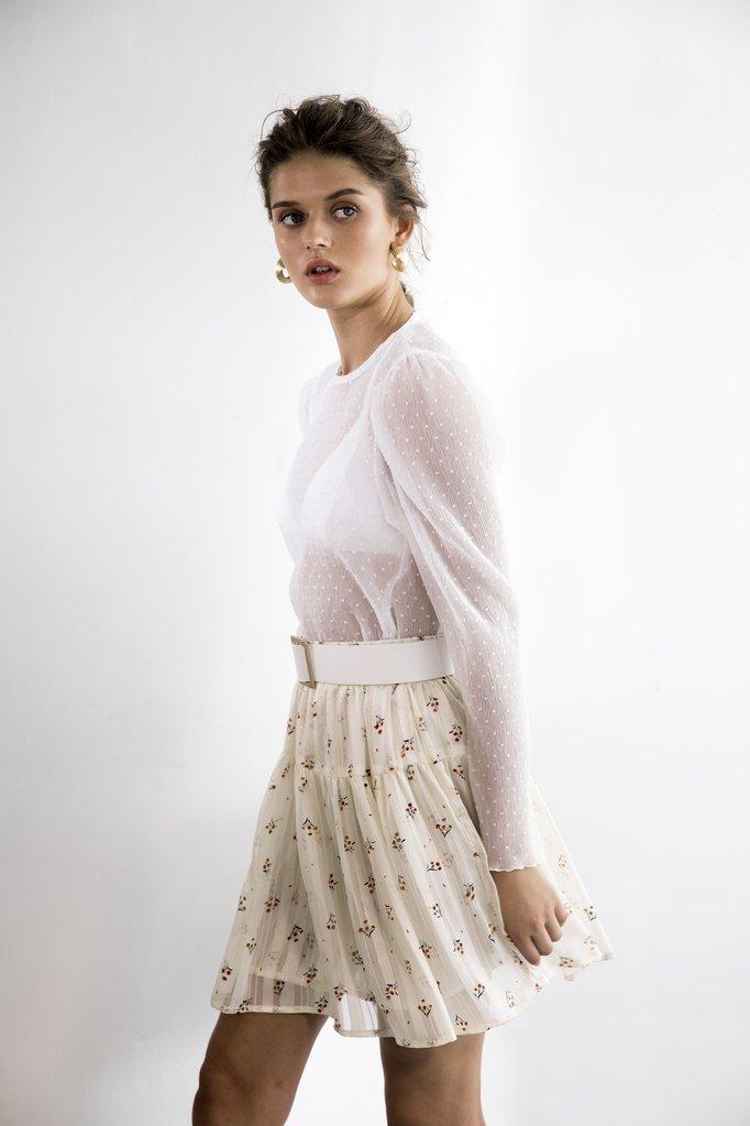 חולצת ג'ולייט / SABINA