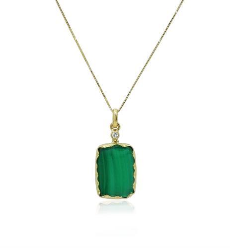 שרשרת ותליון זהב עם אבן קריסוקולה