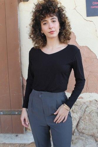 חולצת בייסיק ריב שחורה