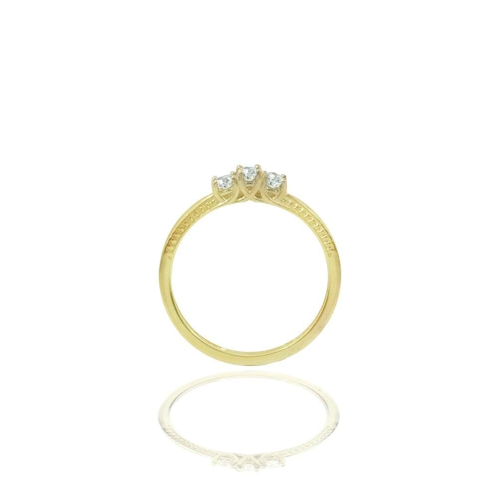 טבעת שלוש יהלומים 0.24 קראט בזהב 14 קרט