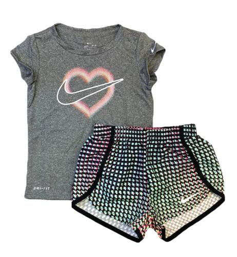 חליפת ספורט לב אפורה NIKE בנות - 12 חודשים עד 7 שנים