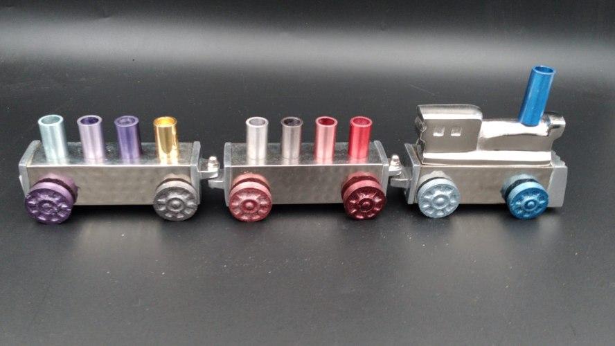 חנוכייה דגם רכבת