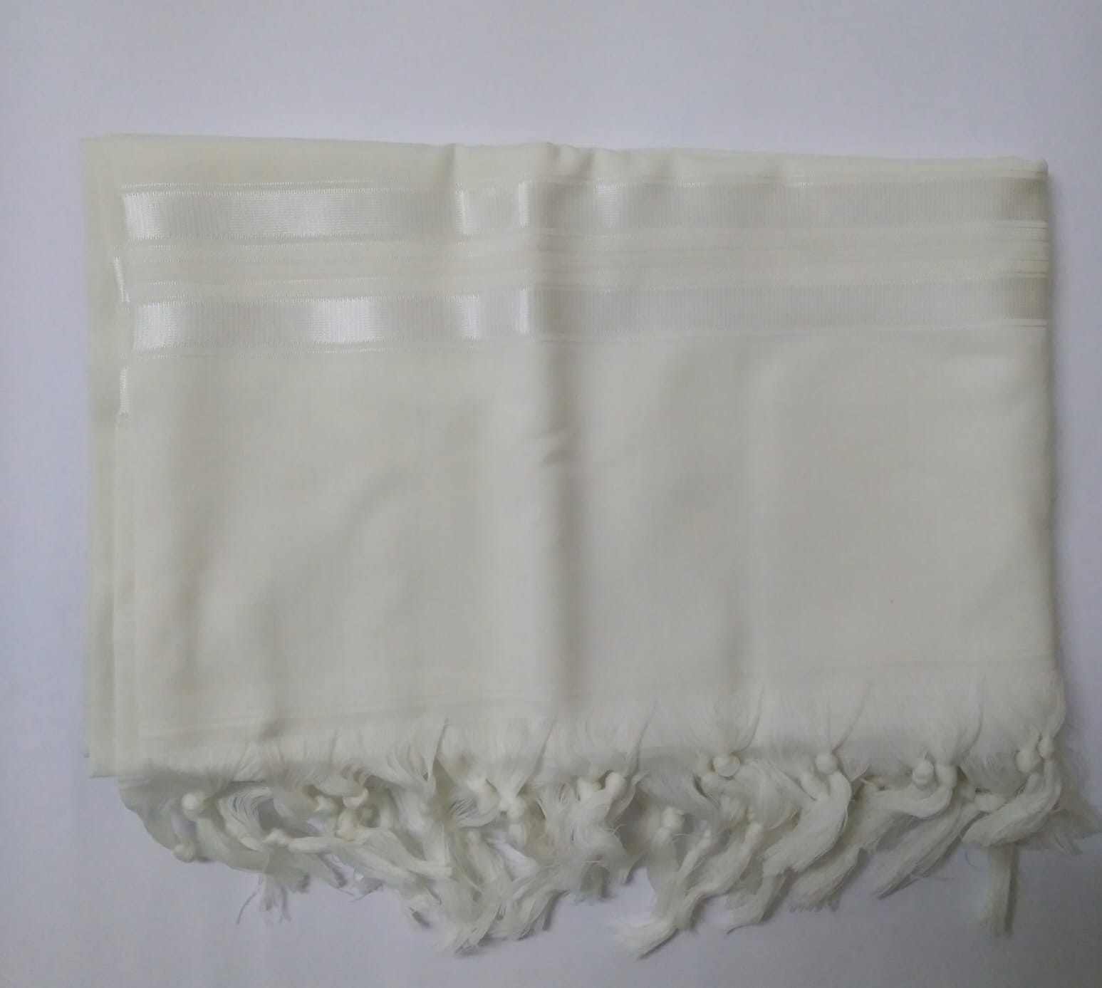 טלית צמר א.א מידה 50 פסים לבן