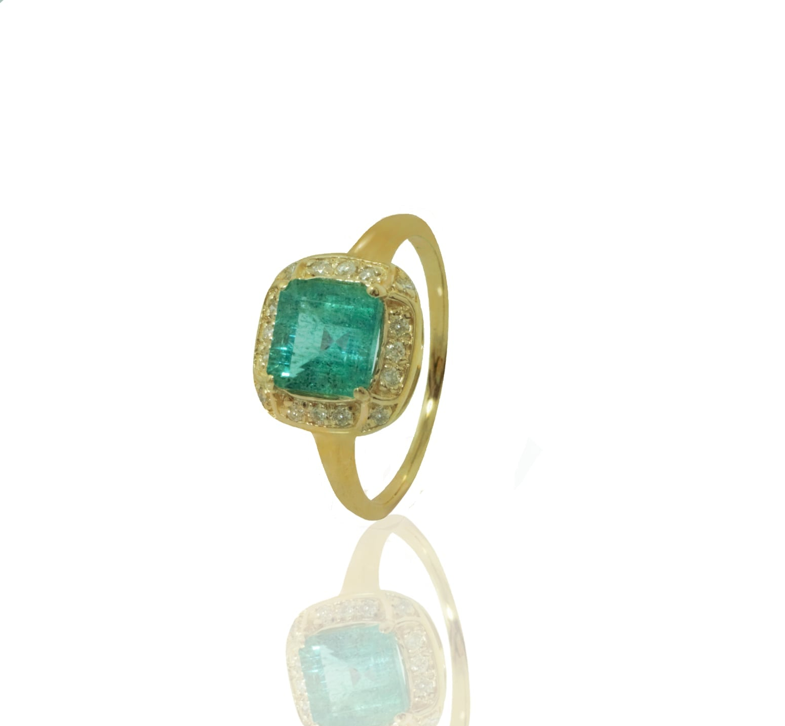 טבעת אמרלד ויהלומים טבעת אבן חן אמרלד מרובעת בזהב