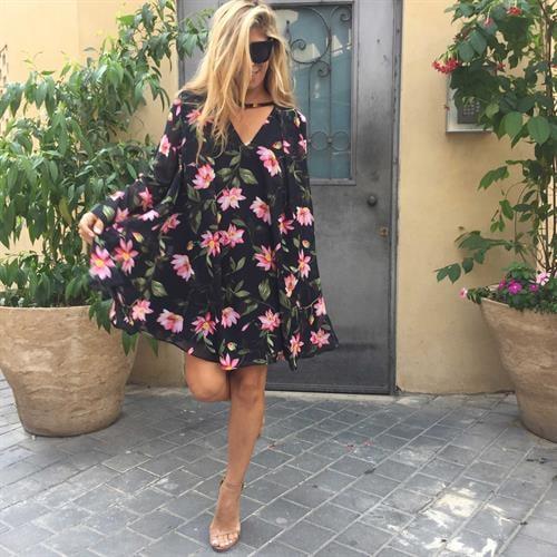 שמלת גסיקה פרחוני שחור