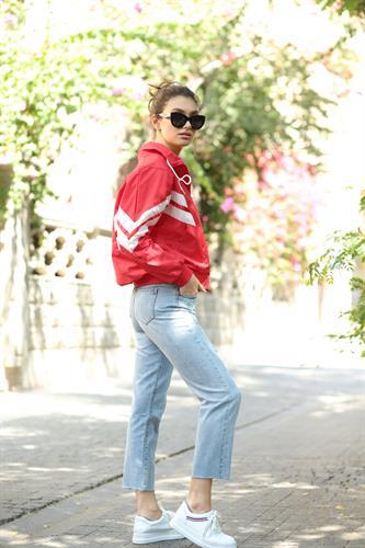 ג'ינס ליאו ישר קרעים תכלת