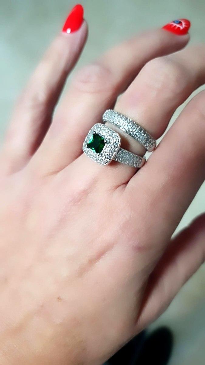 טבעת כפולה מכסף עם אבן ירוקה