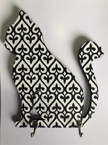 מחזיק מפתחות בצורת חתול יושב