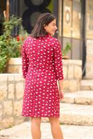 שמלת אירוס שחורה עם נקודות אדומות