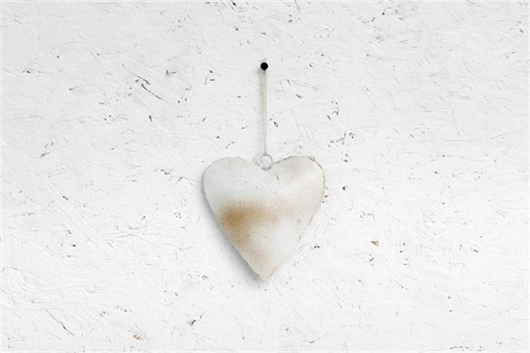 לב ברזל - לבן מלוכלך