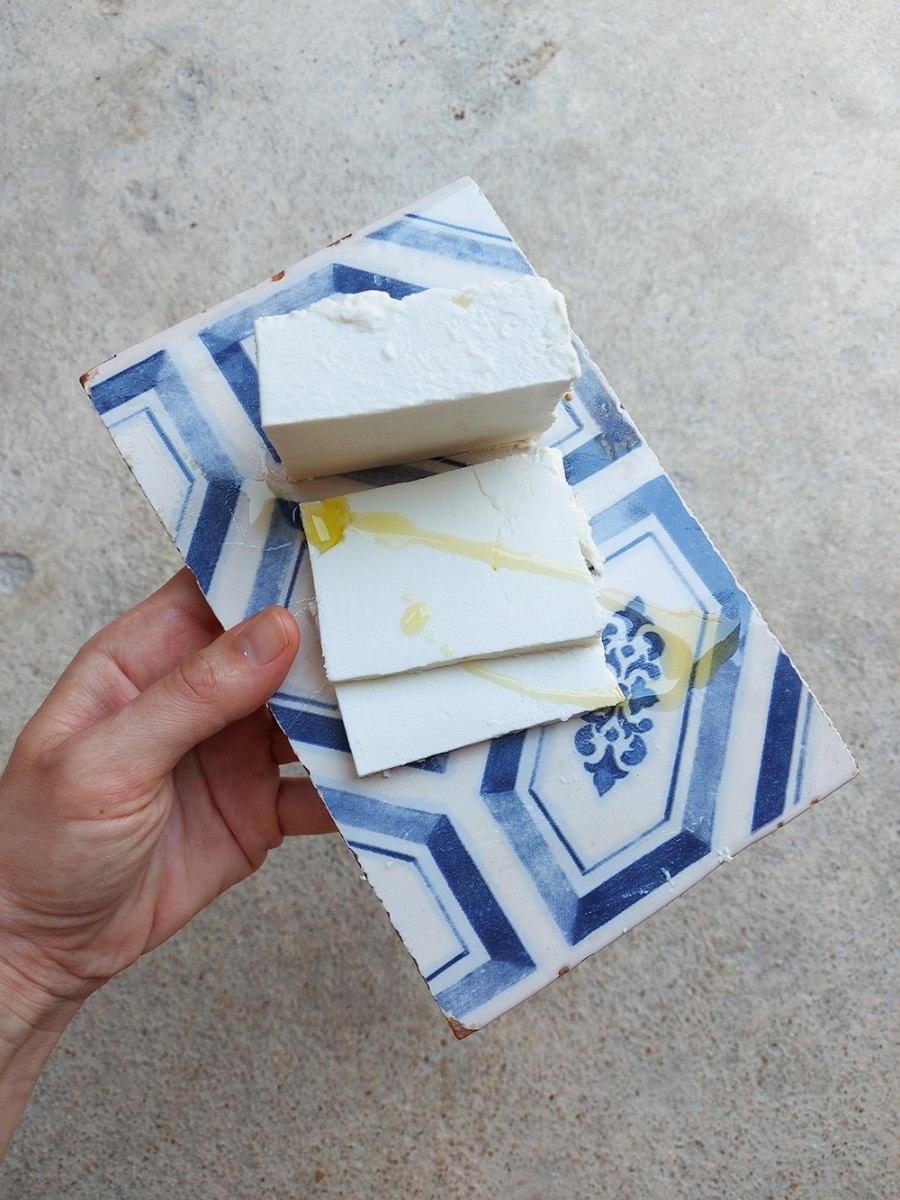 גבינה פטה - עז הבר 120 ג'