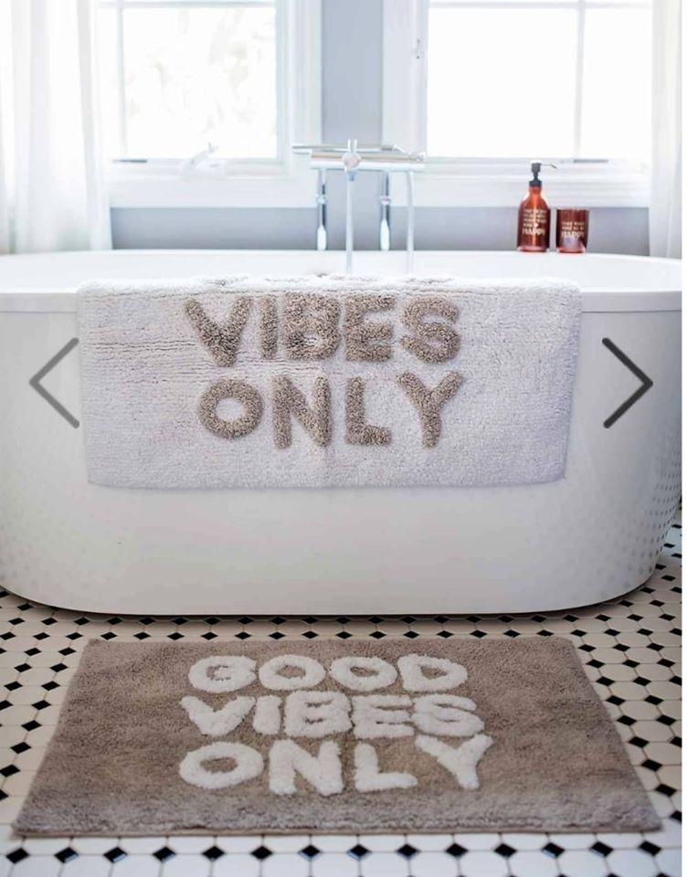 שטיח אמבטיה