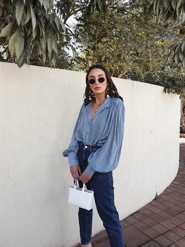 חולצת בליז - כחולה