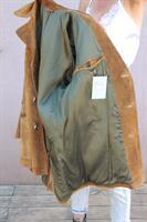 מעיל עור יוניסקס בצבע קאמל כהה מידה L/XL