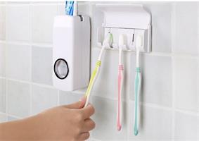 סט מחזיק אוטומטי למשחת שיניים + מתקן ל5 מברשות שיניים