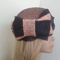 כובע מעוצב לנשים שחור ואפרסק
