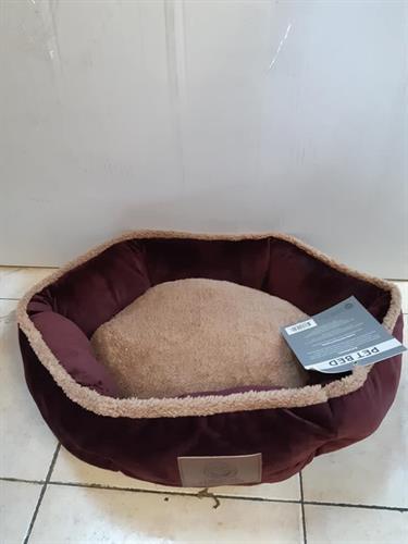 מיטת פרווה משושה בורדו 50 סמ
