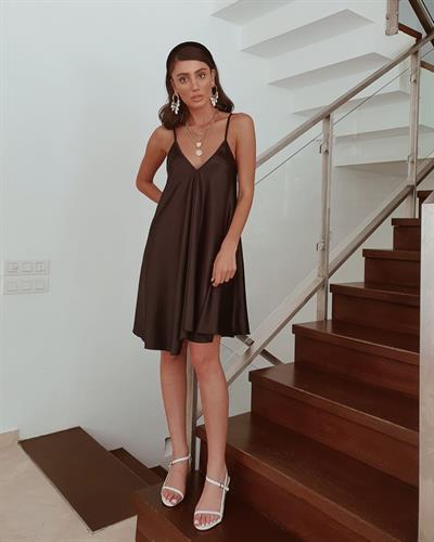 שמלת ג׳סיקה - שחורה