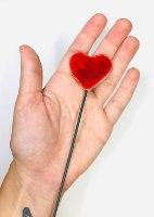 זוג לבבות על מקלות לעיצוב עציץ