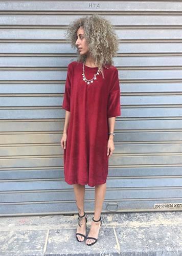 שמלת וולווט אדום