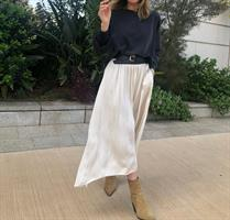 satin skirt