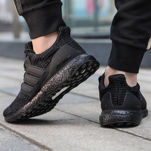 נעלי גברים ADIDAS ULTRABOOST 4.0 DNA שחור