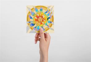"""מגנט אומנותי- מנדלת """"תשוקה"""" - מנדלה מקורית בעבודת יד מודפסת על מגנט"""