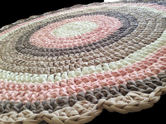 שטיח סרוג לחדר הילדים ועיצוב חדרי תינוקות  בגוונים של ורוד ומוקה