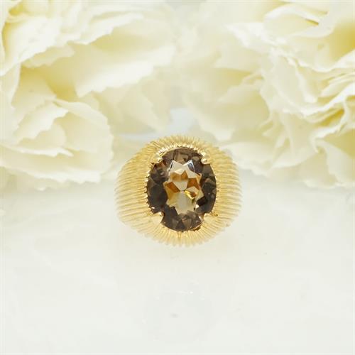 טבעת זהב עם אבן חן סמוק טופז טבעית