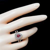 טבעת כסף משובצת זרקון ורוד מרכזי ואבני זרקון קטנות  RG5906 | תכשיטי כסף 925 | טבעות כסף
