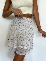 חצאית סקרלט