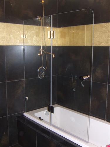 אמבטיון ונציה קבוע + דלת1
