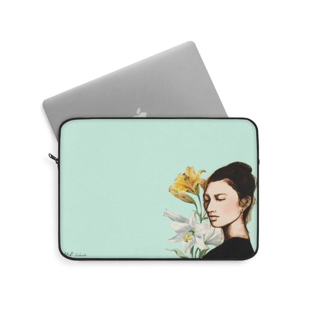 תיק למחשב נייד - סאקי אשה יפנית made to inspire