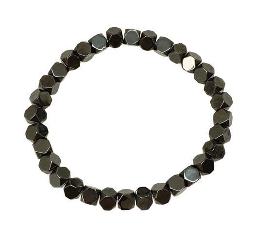 צמיד אבנים לגבר בחיתוך קובייה (המטייט)