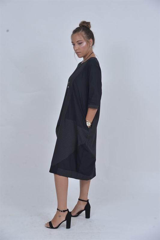 שמלת OVER SIZE שחורה שני צבעים