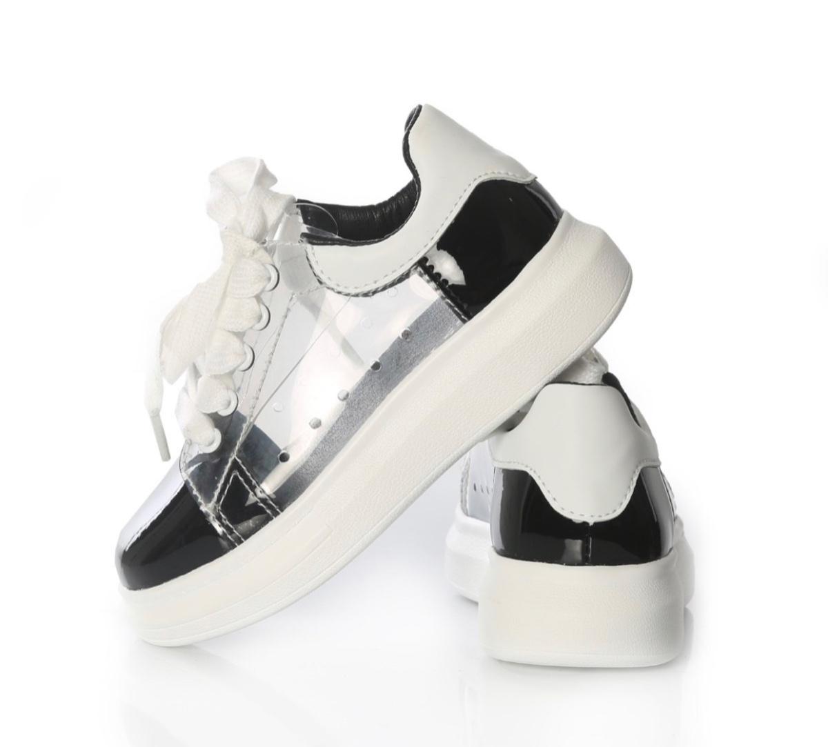 נעל שקופה