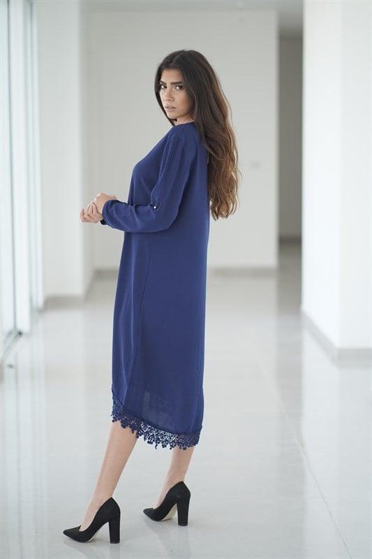 שמלת פנינים כחולה