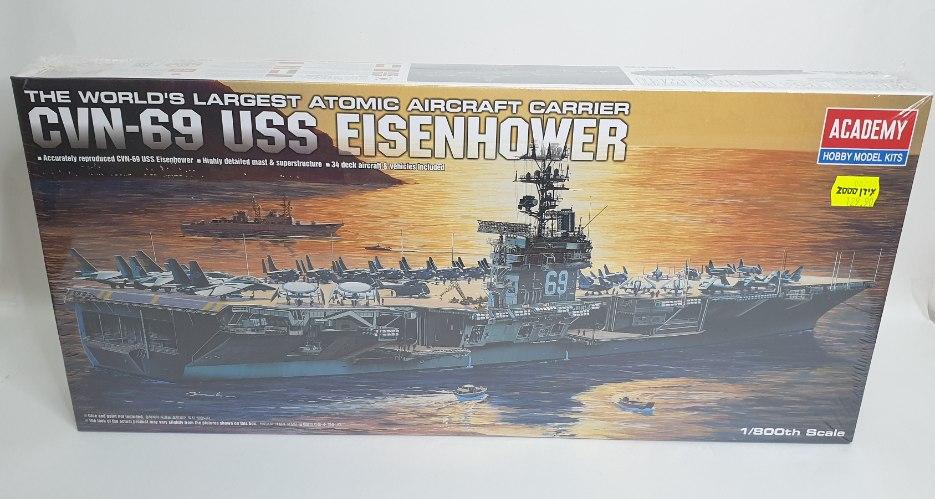 ספינה נושאת מטוסים USS EISENHOWER יחס 1:800