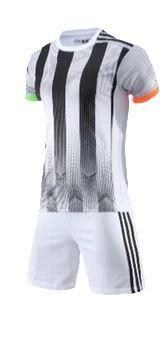 תלבושת שחור לבן דמוי יובנטוס 2020