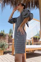 שמלת אמיליה משבצות שרוול נפוח