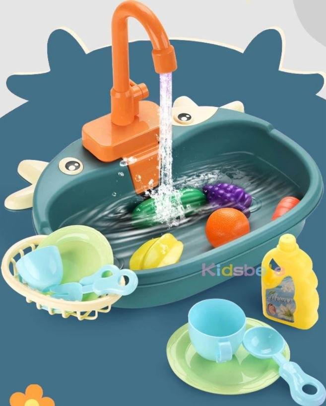 מטבח לילדים עם מים זורמים