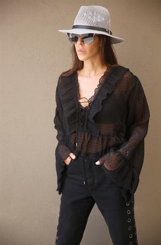 חולצת ורסאי / SABINA
