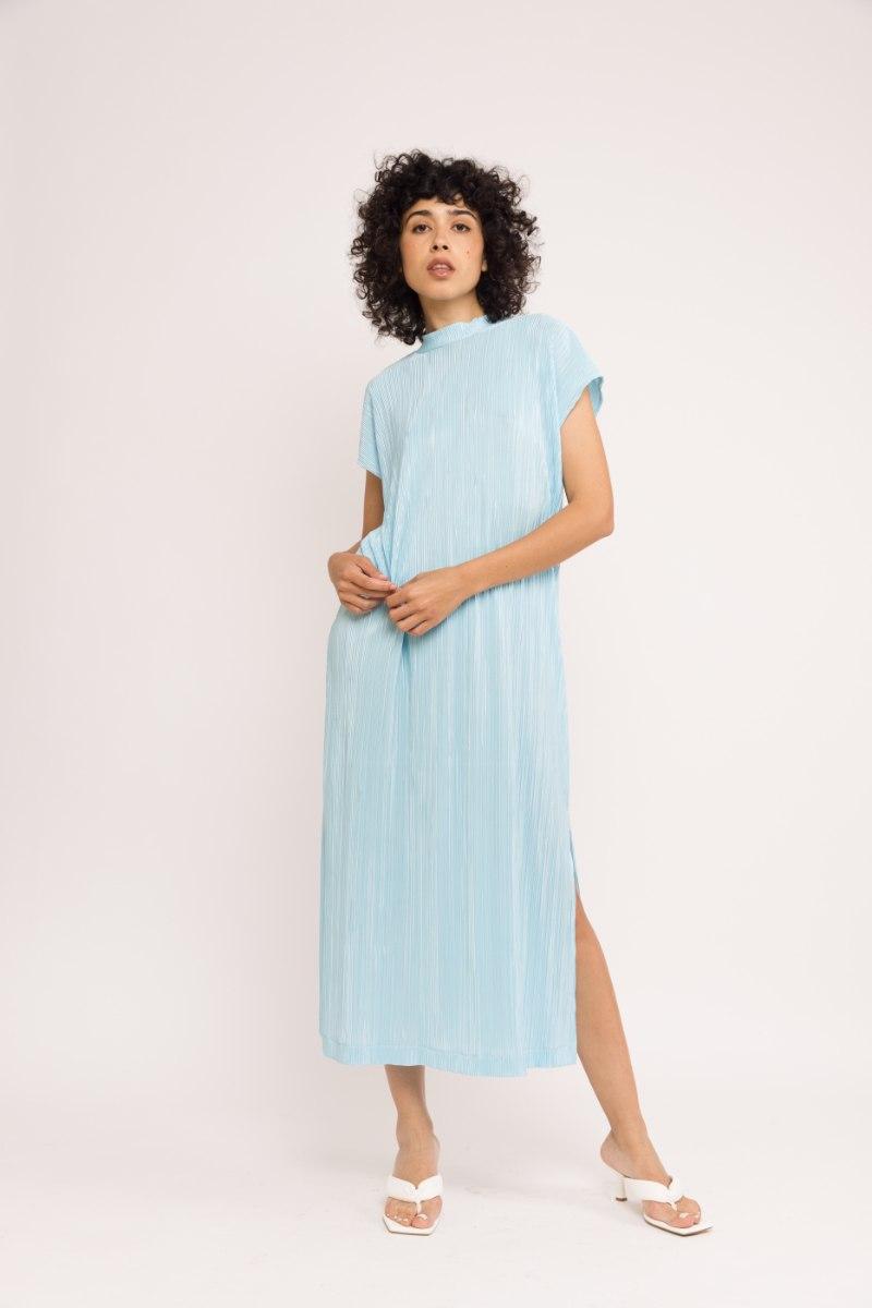 שמלת NAM - פליסה תכלת