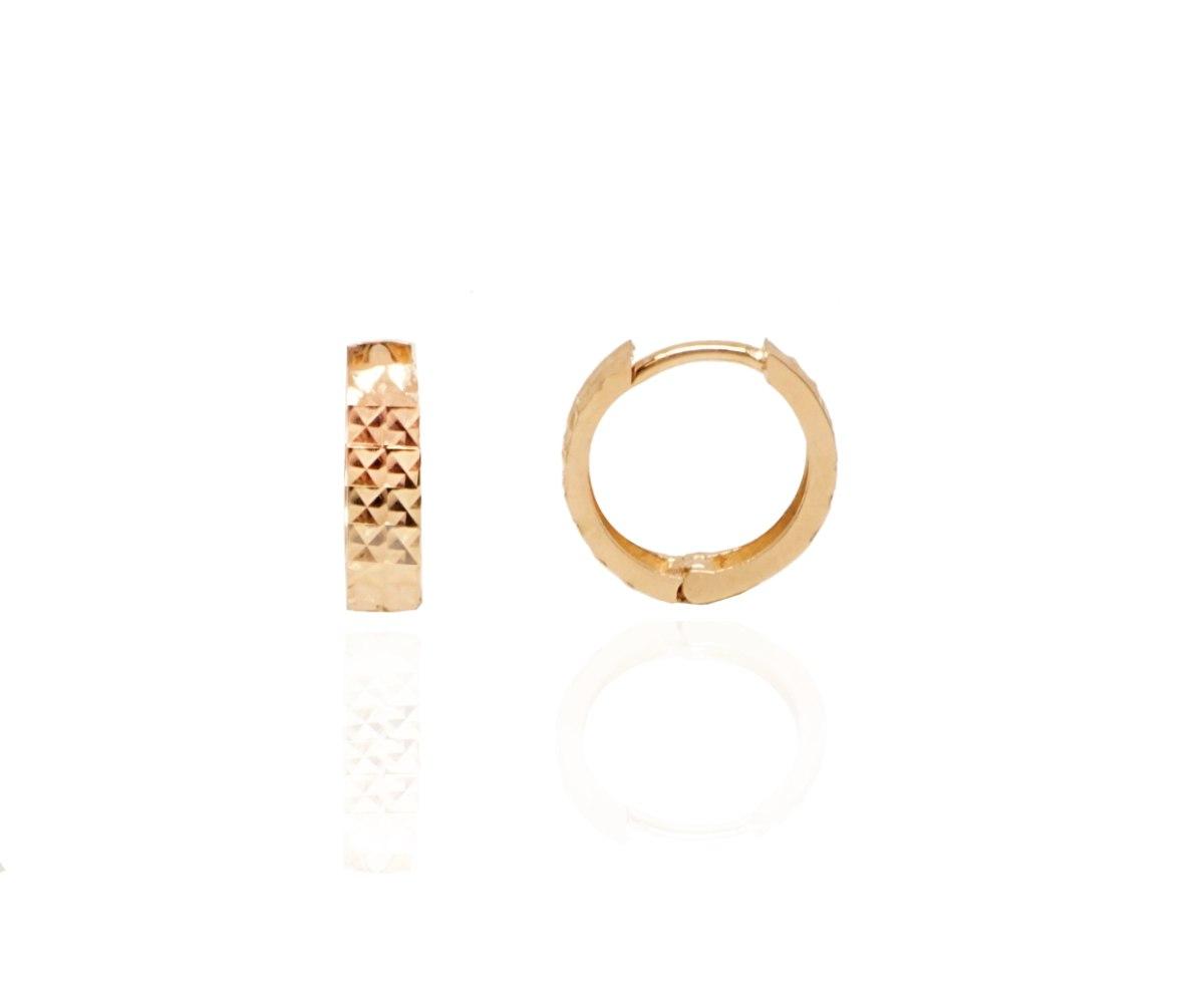 """עגילי חישוק זהב חריטת לייזר קטנים 1.2 ס""""מ - רוז גולד"""