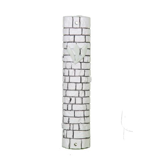 """מזוזה דמוי אבן לבנה מפולירייזן 20 ס""""מ עיצוב """"אבני כותל"""""""