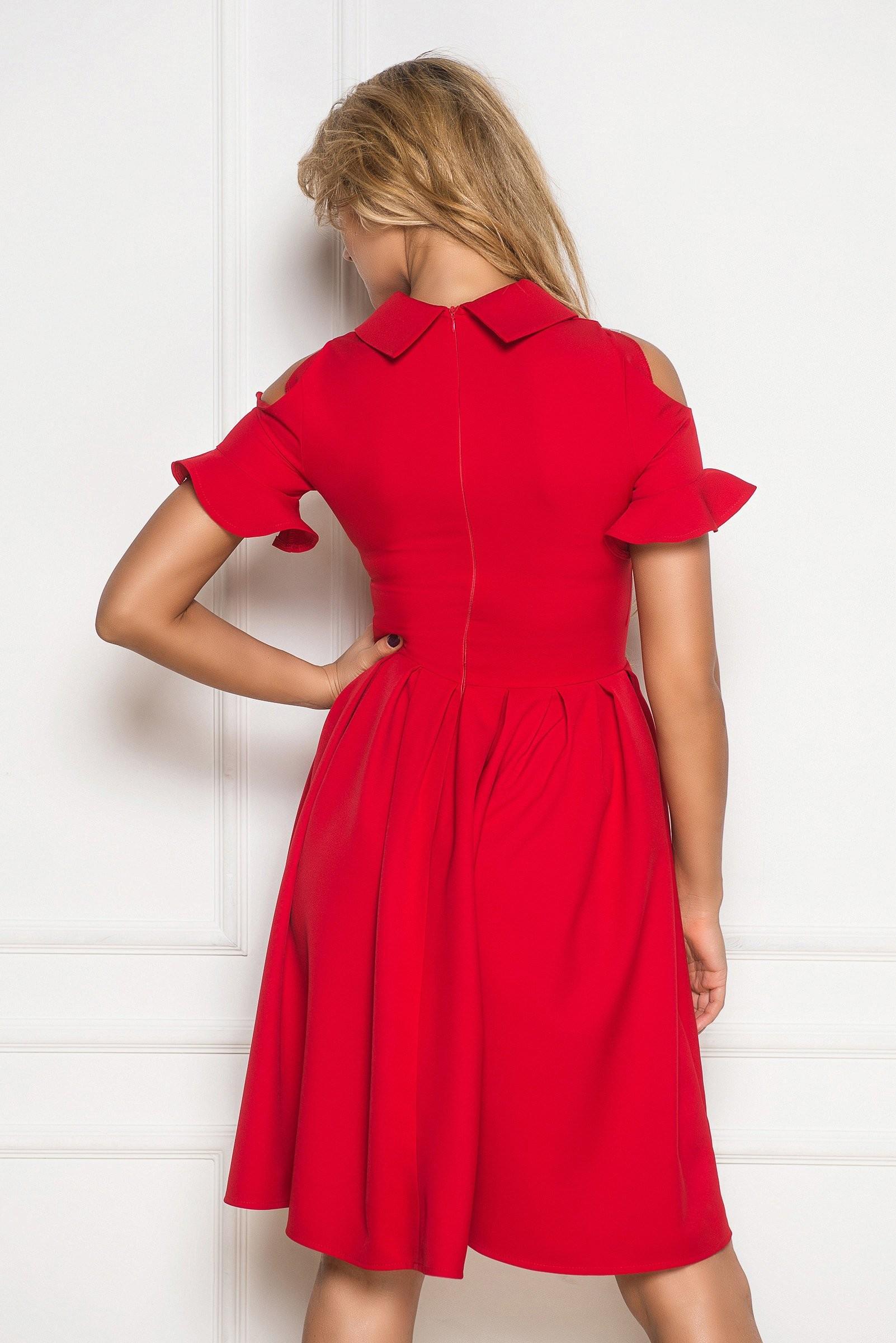 שמלת דינה