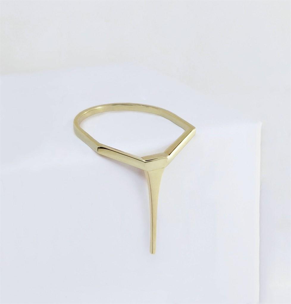 טבעת Long Tapered Bar זהב 14K
